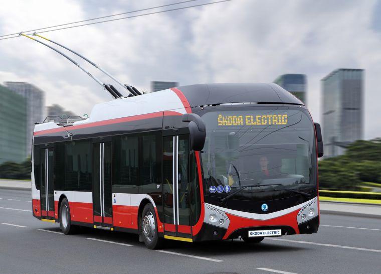 V Pardubicích začnou tento týden jezdit trolejbusy Škoda 32 TR