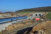 Ejpovický tunel zrychlil cestu z Rokycan do Plzně, lidé jezdí