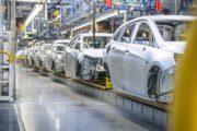 USA mají uvalit dovozní cla na evropské automobily. Rozhodnutí výrazně postihne český autoprůmysl