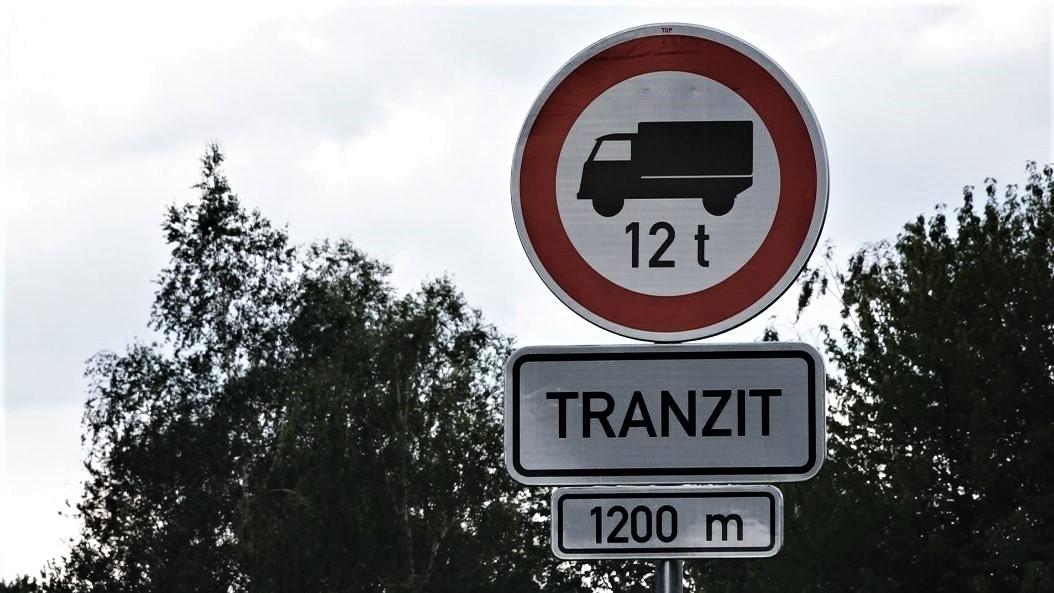 Omezení průjezdu kamionů přijde Liberecký kraj na 3,8 milionu Kč