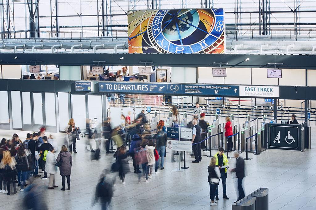 Pražské letiště loni odbavilo rekordních 17,8 milionu cestujících