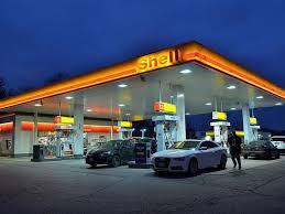 Plošná cena paliv byla loni o 2 Kč/l nižší než standardní ceny čerpacích stanic. Její využití vzrostlo o 20 %