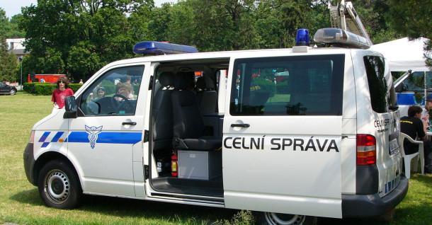 Policisté a celníci by mohli při kontrole vymáhat dřívější pokuty