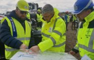 Dálnice D11 by podle ministra dopravy měla končit na hranicích do roku 2026