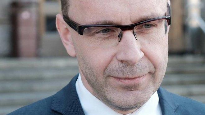 Kremlík odchází z ministerstva, výpovědní lhůtu mít nebude