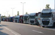 Podle ČESMAD hrozí zhroucení silniční dopravy. Pomoci má stát dotací 120 000 na kamion