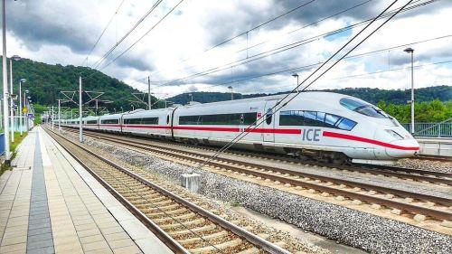 Zástupci ČR a Německa podepsali prohlášení o nové železnici