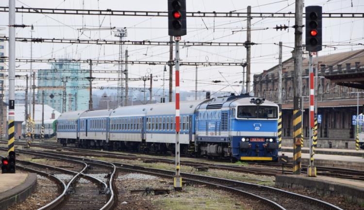 Dopravci mohou od příštího týdne obnovovat své linky do zahraničí