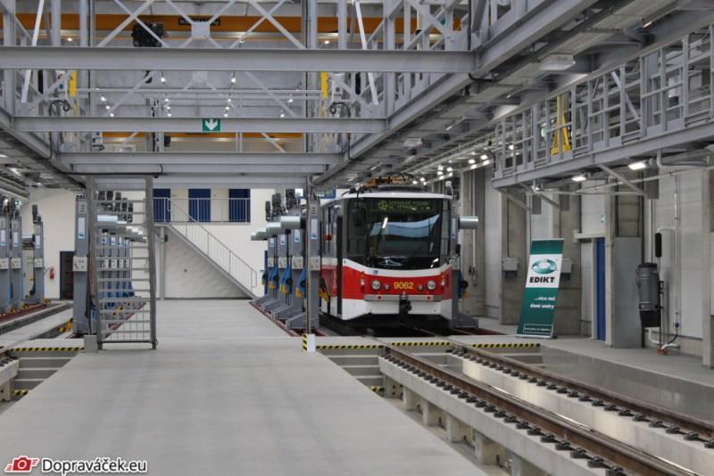 DPP má v ústředních dílnách novou opravárenskou halu pro tramvaje