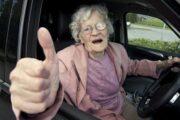 Program pro řidiče seniory nabídne 144 kurzů zdarma