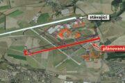 Soud zrušil vymezení paralelní dráhy letiště v územních plánech