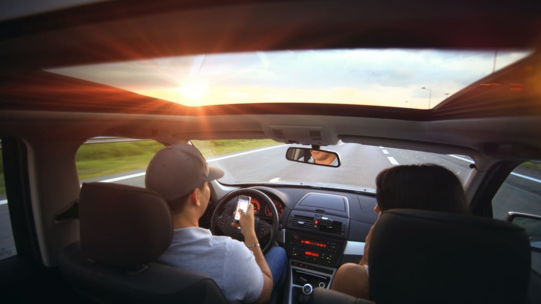 Vlastním autem vyrazí na dovolenou o pětinu víc Čechů