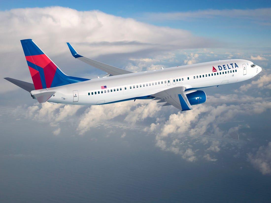 Delta Air Lines patrně pošle na neplacenou dovolenou tři tisíce lidí