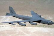 Na Dnech NATO se představí bombardér B-52, poletí i nad Prahou