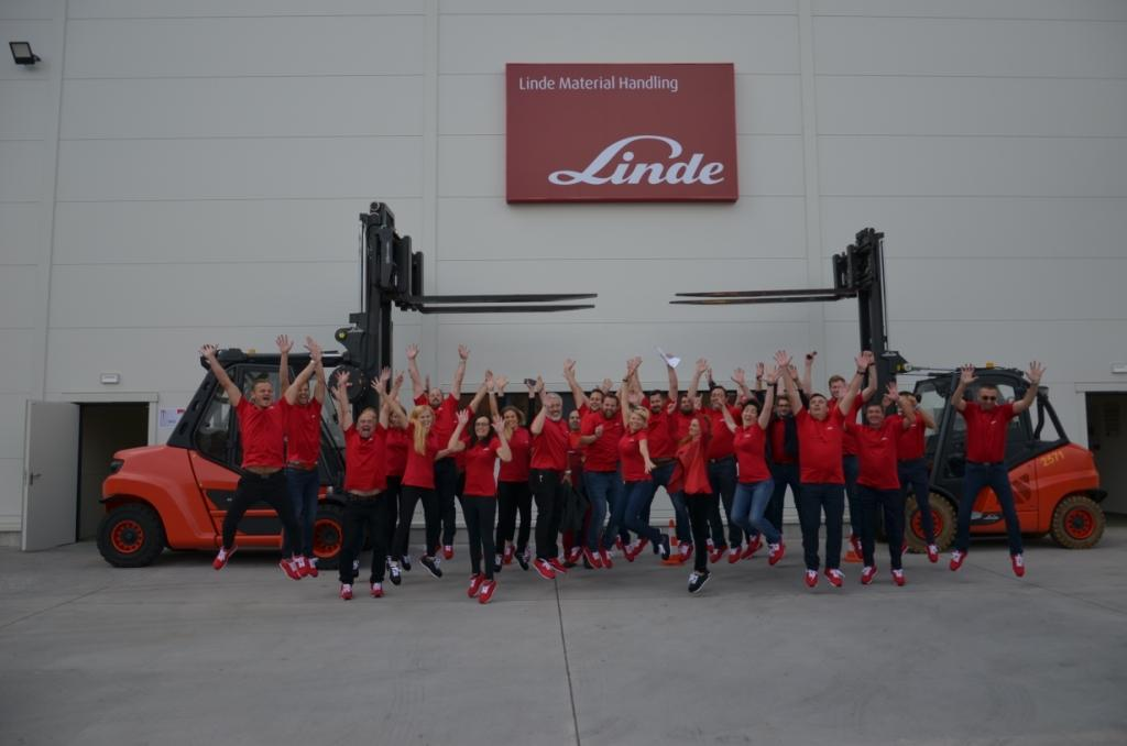 Česká pobočka Linde Material Handling slaví 30 let na trhu
