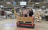 Autonomní roboti pomáhají v logistice i s desinfekcí prostor