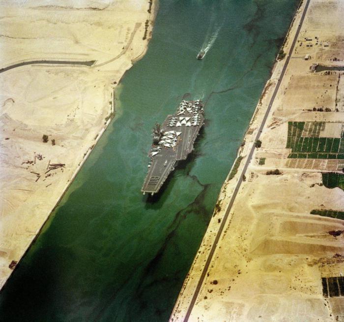 Správa Suezského průplavu zvažuje rozšíření jižní části vodní cesty