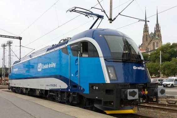České dráhy chtějí koupit čtyři elektrické lokomotivy Taurus