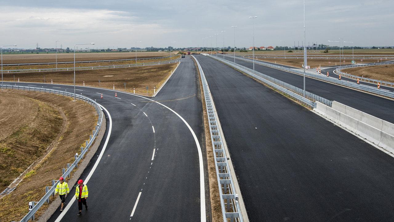 Stavby nových dálnic se rozjely naplno, aktuálně se jich buduje najednou 151,5 km