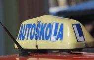 Zkušební komisaři pro autoškoly vyhlásí stávkovou pohotovost