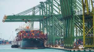 Doba doručování zboží z Asie se protáhla o třetinu na osm týdnů