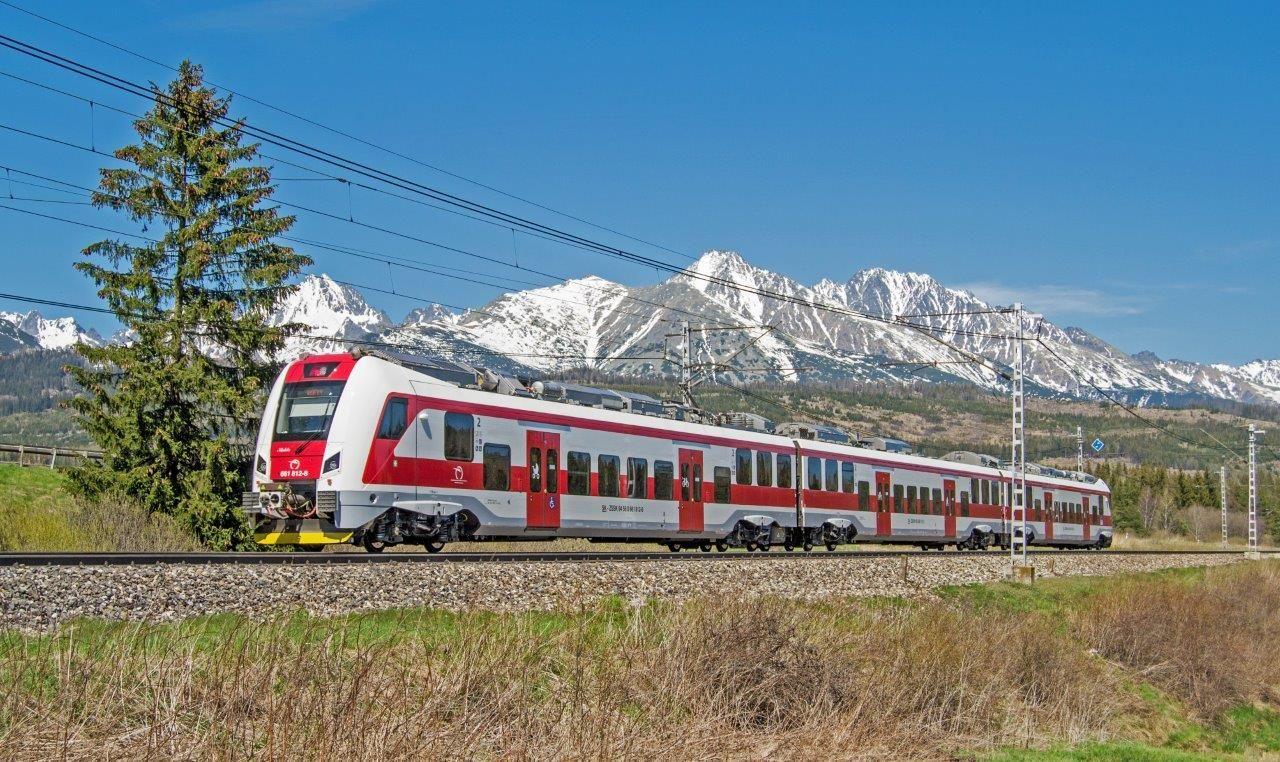 Slovenský dopravce ZSSK podepsal smlouvu na vlaky i se Škoda Transportation