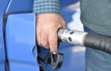 Nebezpečné hrátky s cenami paliv